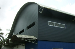 Wall Cladding Installation For Factory Building – Bentong